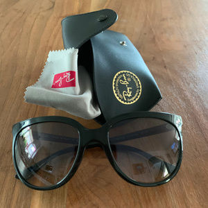 Authentic Ray-Ban Cats 1000 black shades with case